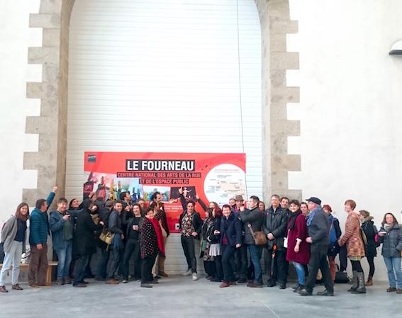 Les membres de la Fede Breizh devant le futur Fourneau crédit lefourneau.com (2)